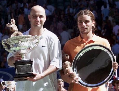 Le tennis 2001-oz-agassi-clement-44
